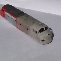 N scale Kato Nohab diesel stripping with Badger mini sandblaster