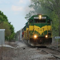 LIRC K0X2 with LIRC 2371 leading a manifest train pulling up Underwood Hill