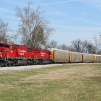 CSXT Q241 with CP 6262 in La Grange, KY