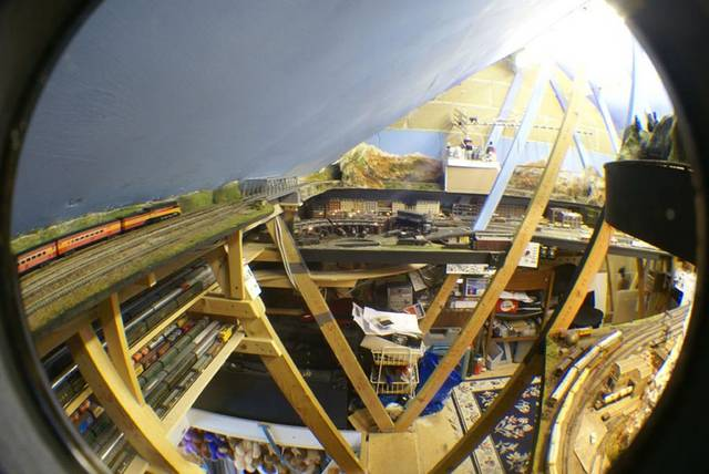 Fisheye 4,Somewhere West N scale
