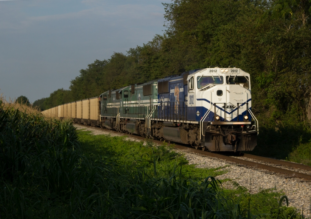 PAL 2012 leading the Mill Creek empty coal train south through Stephensburg, KY 8-9-15